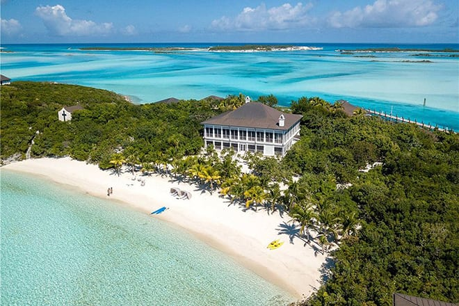 Little Pipe Cay in the Bahamas Goes Up For Sale
